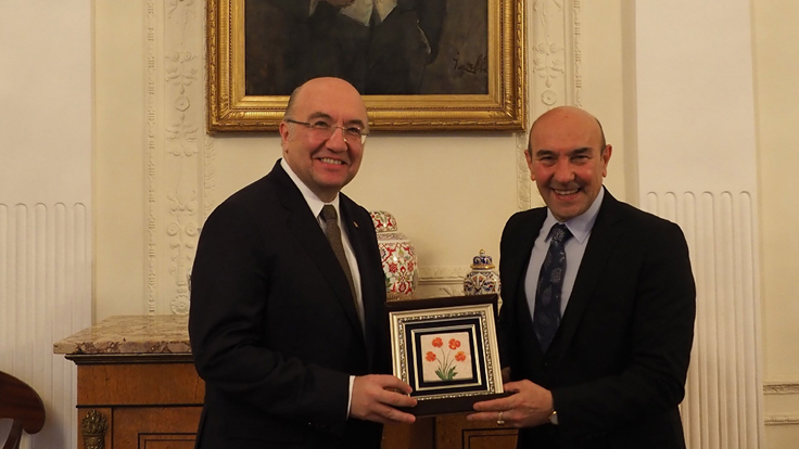 Photo of ​İzmir strengthens its relations with Kazan and Moscow